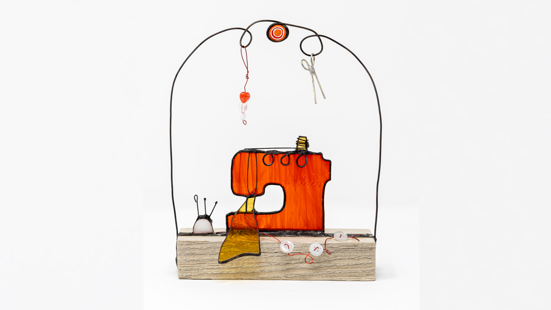 Glass sewing machine gift for a keen stitcher